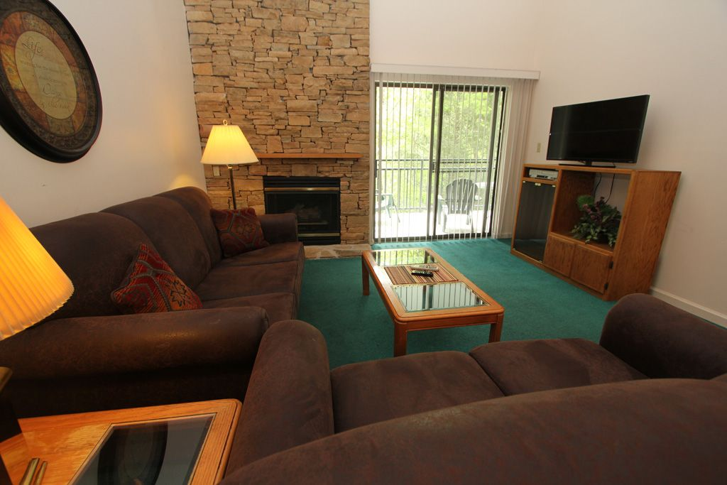Three bedroom condo with loft sleeps 11 gatlinburg - Gatlinburg 3 bedroom condo rentals ...
