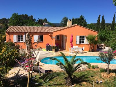 Photo for Charming Provencal villa in a typical village.