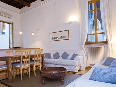 Photo for Spacious Piazza Navona Duplex apartment in Centro Storico with WiFi & air conditioning.