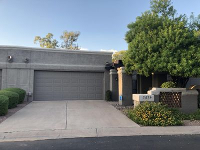 Photo for Modern cozy luxury townhome in Scottsdale's McCormick Ranch prime location