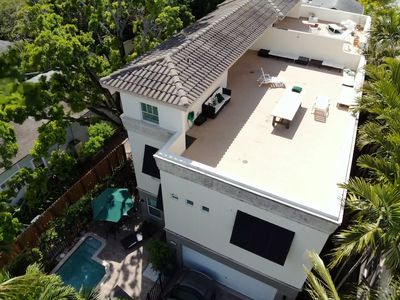 Photo for Home in Fort Lauderdale with POOL and ROOFTOP