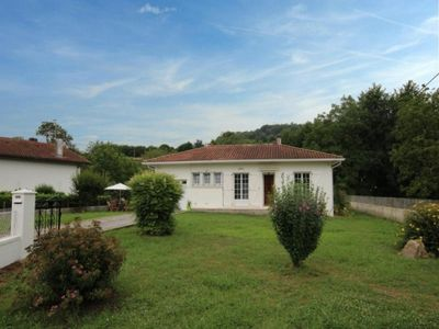 Photo for Gite Uhart-Cize, 2 bedrooms, 4 persons