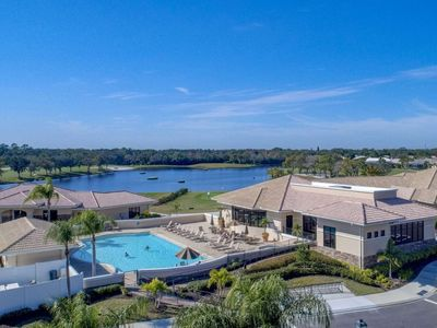 Photo for Private Golf/Tennis, 2/2 Gated Condo, 5 Pools, Clubhouse, Restaurant, Full Use of Everything!