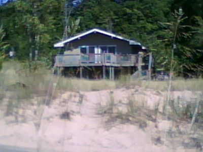 Photo for Quiet, cozy Lake Michigan cottage near Little Point Sable Lighthouse