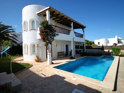 Photo for Beautiful 4 bed 3 bath villa with splendid sea views and private pool