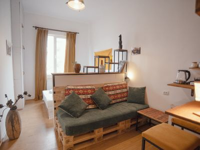 Photo for Stylish, cozy studio guesthouse in the city center