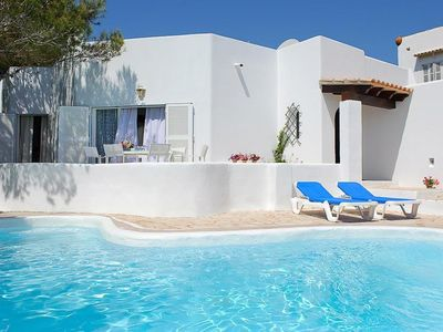 Photo for *** CALA D'OR VILLA *** 4 Bedrooms, 4 Bathrooms, Air Con, WiFi, Private Pool,BBQ