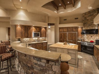 Photo for Secluded Estate in the Heart of Paradise Valley/Scottsdale