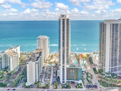 Photo for 2BR Hotel Vacation Rental in Hollywood, Florida