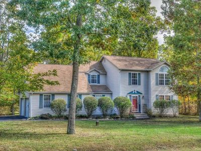 Photo for Large cozy home on 2 acre land, near attractions