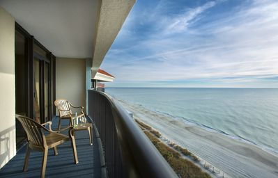 · Perfect for the Family, Private Master, Expansive Balcony! Great Rates!