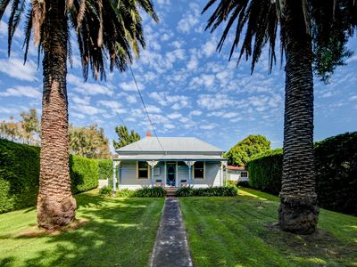 Photo for Palm Cottage - Port Fairy, VIC