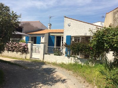 Photo for Pretty typical house in the heart of the island of Oléron