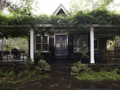Enchanting-Long-Road-Cottage Located In The Heart Of The North Fork