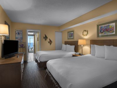 Photo for One Bedroom Suite w/ Great Oceanfront View + Official On-Site Rental Privileges