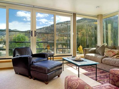 Photo for Shuttle or Bus to Slopes from Simba Run 5th FL Condo, Indoor Pool & Hot Tubs, No Car Needed!