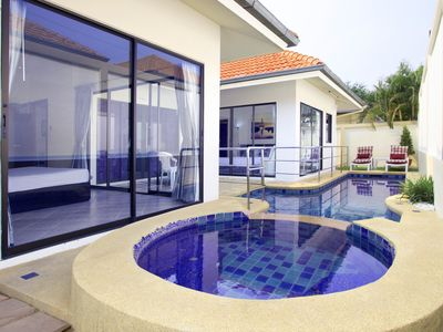 Photo for Superior 2bdr Avoca Pool Villas 85