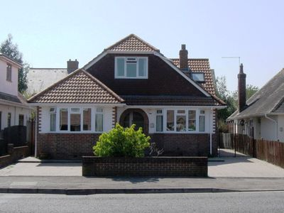 Photo for BOURNECOAST: 2 bedroom chalet bungalow close to Christchurch Quay/Centre- HB5819