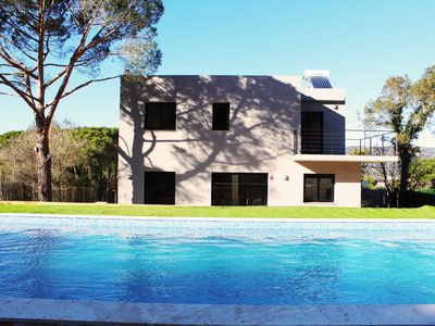 Photo for Fabulous new villa with private pool  on the Costa Brava