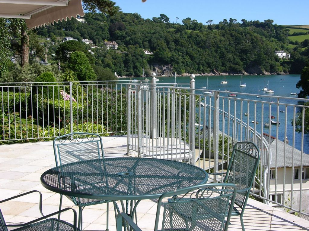 Dartmouth   Beautiful Spacious Holiday Home With Stunning Views.