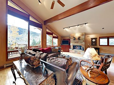Photo for 4BR/4.5BA Mountain-View Chalet w/ Hot Tub – Free Bus to Vail & Beaver Creek