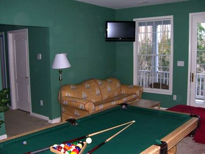Rec Room With Pool Table. Outside Lower Deck. Flat Screen TV.