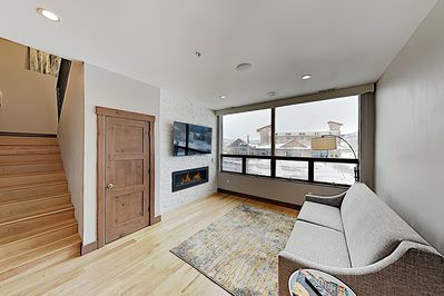 Living Area - After fun-filled days in the mountains, enjoy the warm ambience of a gas fireplace in the living area.