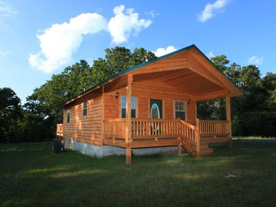 Secluded luxury cabin on 450 acres with hot tub, 4wheeler trails
