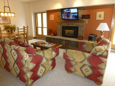 Photo for Ski In / Ski Out, 2 BD / 2 BA Condo, Sleeps 8, 1 Block to Main, Village at Breck