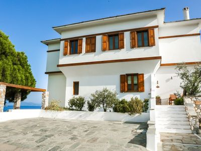 Photo for Superb Villa with stunning views