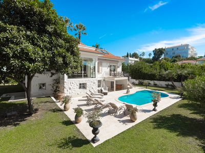 Photo for Villa Solar - Villa for 10 people in Antibes