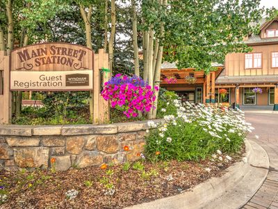 """Photo for Updated condo with mountain views & 55"""" smart TV - shared hot tub!"""