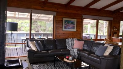 Photo for Island Lodge, Karinga Park- BOOK JUNE LONG WEEKEND NOW- 3PM CHECKOUT!