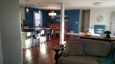 Open Floor Plan 2 Bdrm-Private Home in Mission, KS-video tour (3rd picture)