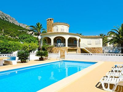 Photo for Holiday homes Villas Sol, Calpe  in Um Valencia - 6 persons, 3 bedrooms