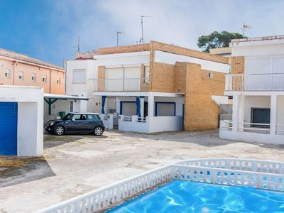 Photo for Lovely apartment for 6 people with internet, pool and parking