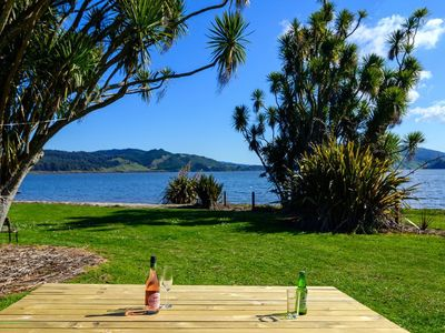 Photo for Tightlines Lakeside - Lake Rotoehu Holiday Home