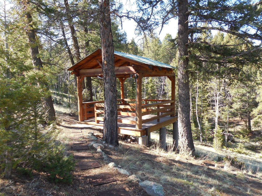 Secluded cabin w mountain views florissant south central for Mountain cabin rentals colorado