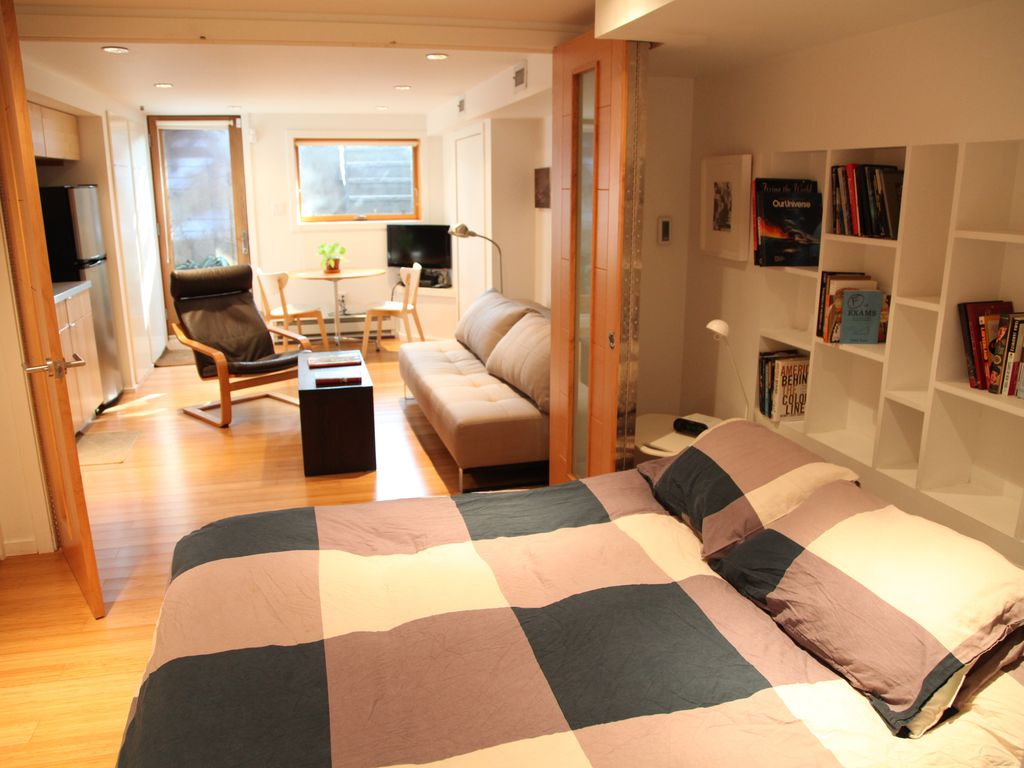 Lovely Modern Apartment In Park Slope Brooklyn Bedroom And Living Room