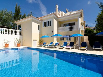 Photo for Luxury villa, private pool, bar-b-q terrace, games & cinema room, special offers