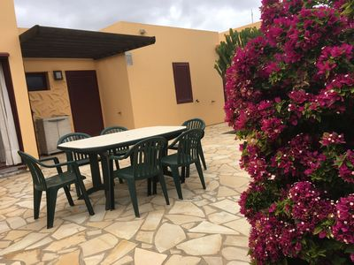 Photo for Beautiful house with garden and 2 bedrooms 5 minutes from Corralejo and pool