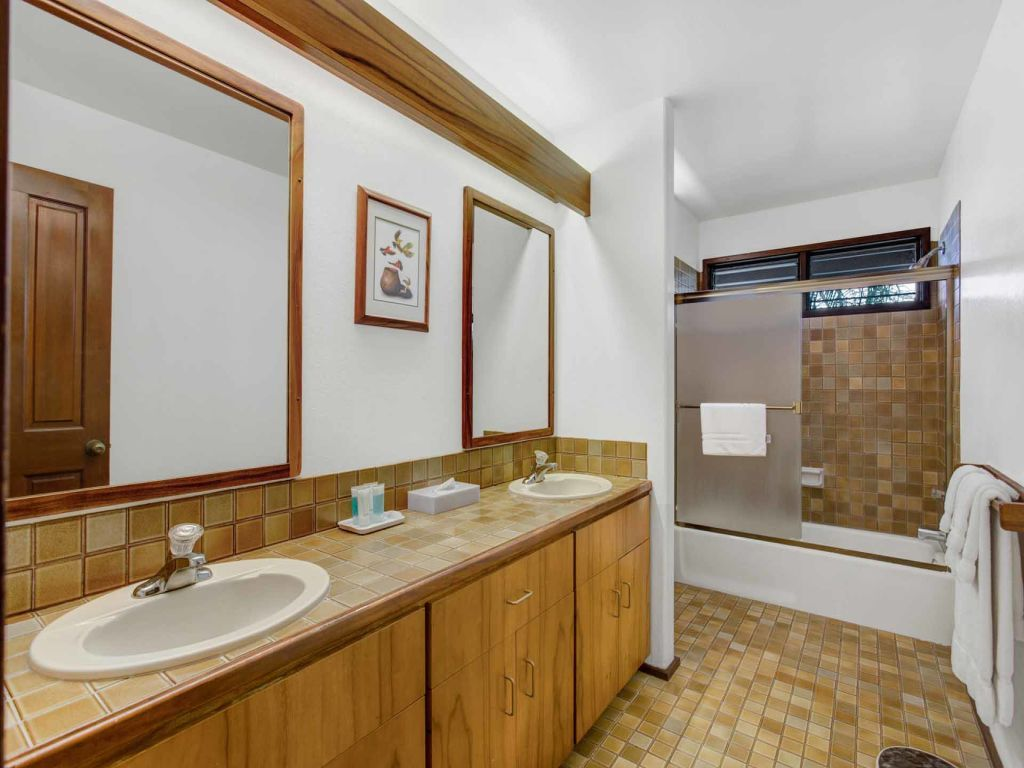 Attractive Property Image#11 Greens+Pacific Blue! Luxe Kitchen+Bath, Lanai,