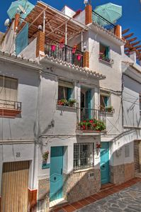 Photo for Ground Floor Apartment in Pueblo Blanco between mountains and sea