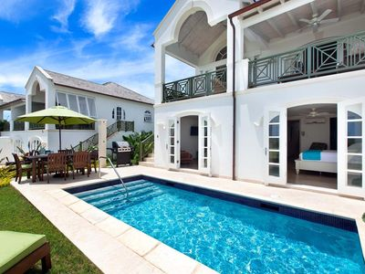 Photo for Westmoreland Villa with Pool & Golf Views - Coral Blu