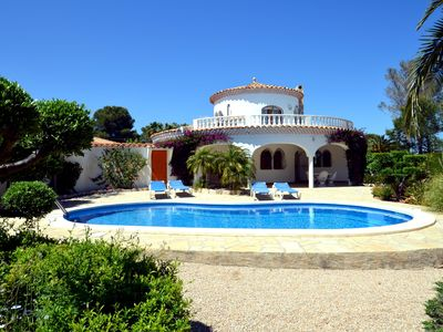 Photo for Villa 250m from the sea, sea view, air conditioned with pool, 2 beaches nearby
