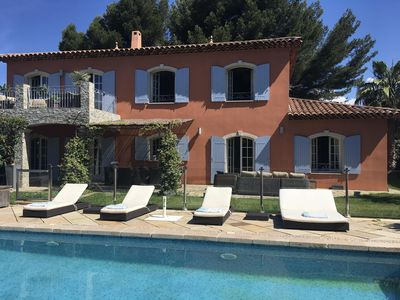 Photo for Stunning seaside property in Bandol with superb pool