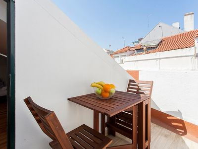 Photo for Apartment 174 m from the center of Lisbon with Internet, Balcony (707898)