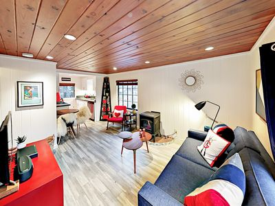 Living Room - Wrigley Cabin - Welcome to Tahoe City! Your Lake Forest cabins are professionally managed by TurnKey Vacation Rentals.