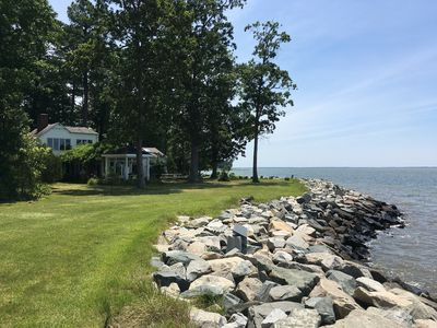 Photo for Waterfront, kayaks, views, complete privacy & sunsets near charming village!