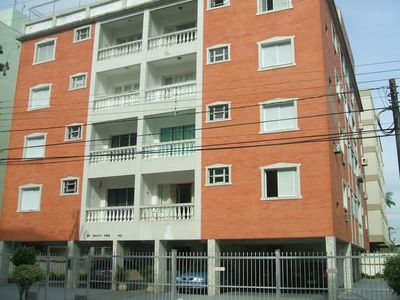 Photo for Front apartment with balcony, 2 bedrooms, (1 en suite) Asturias-Guaruja